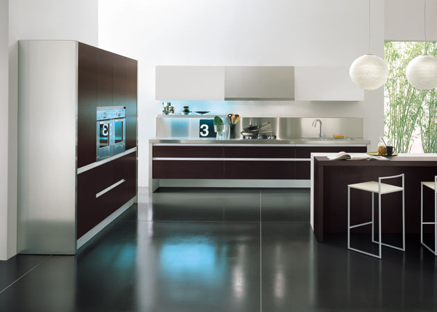 Cucina con due angoli for Veneta cucine bolzano